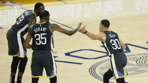 Najgora ekipa Zapada iznenadila Warriorse, drama u Dallasu