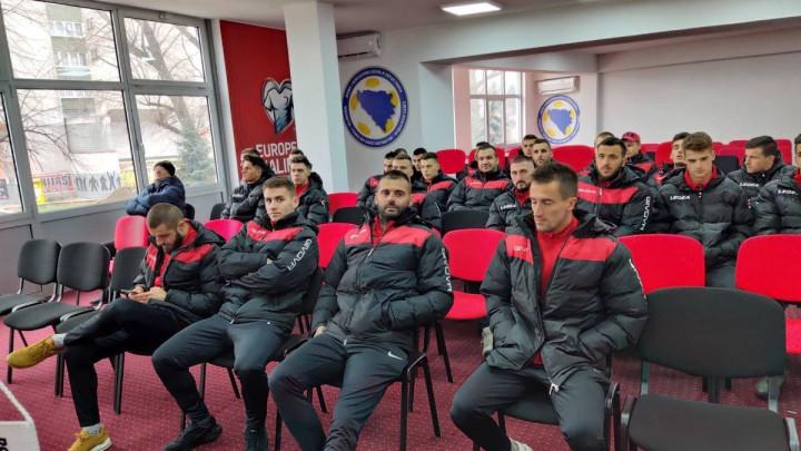 Poznat spisak igrača NK Čelik koji putuju na pripreme u Tursku