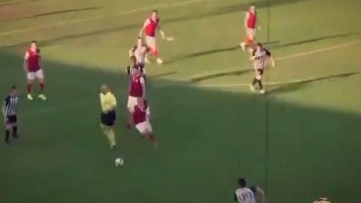 Fudbaler Napretka je hit na internetu: Kada je predriblao igrača Partizana, smijalo se pola stadiona