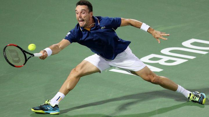 Bautista protiv Pouillea za titulu u Dubaiju
