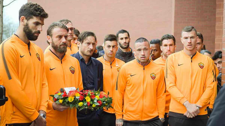 Fudbaleri Rome odali počast žrtvama tragedije na Hillsboroughu