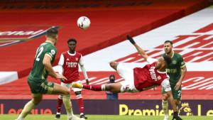 Arsenal umalo od gotovog napravio veresiju, minimalac Wolvesa protiv Fulhama
