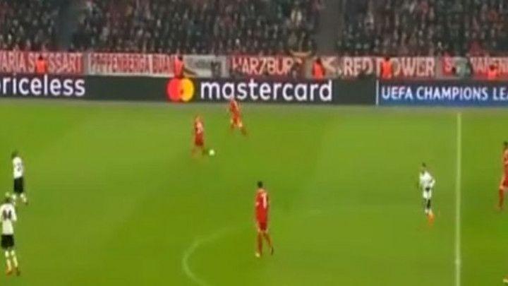 Bayern se mučio s igračem više, Muller više sretno nego spretno za 1:0