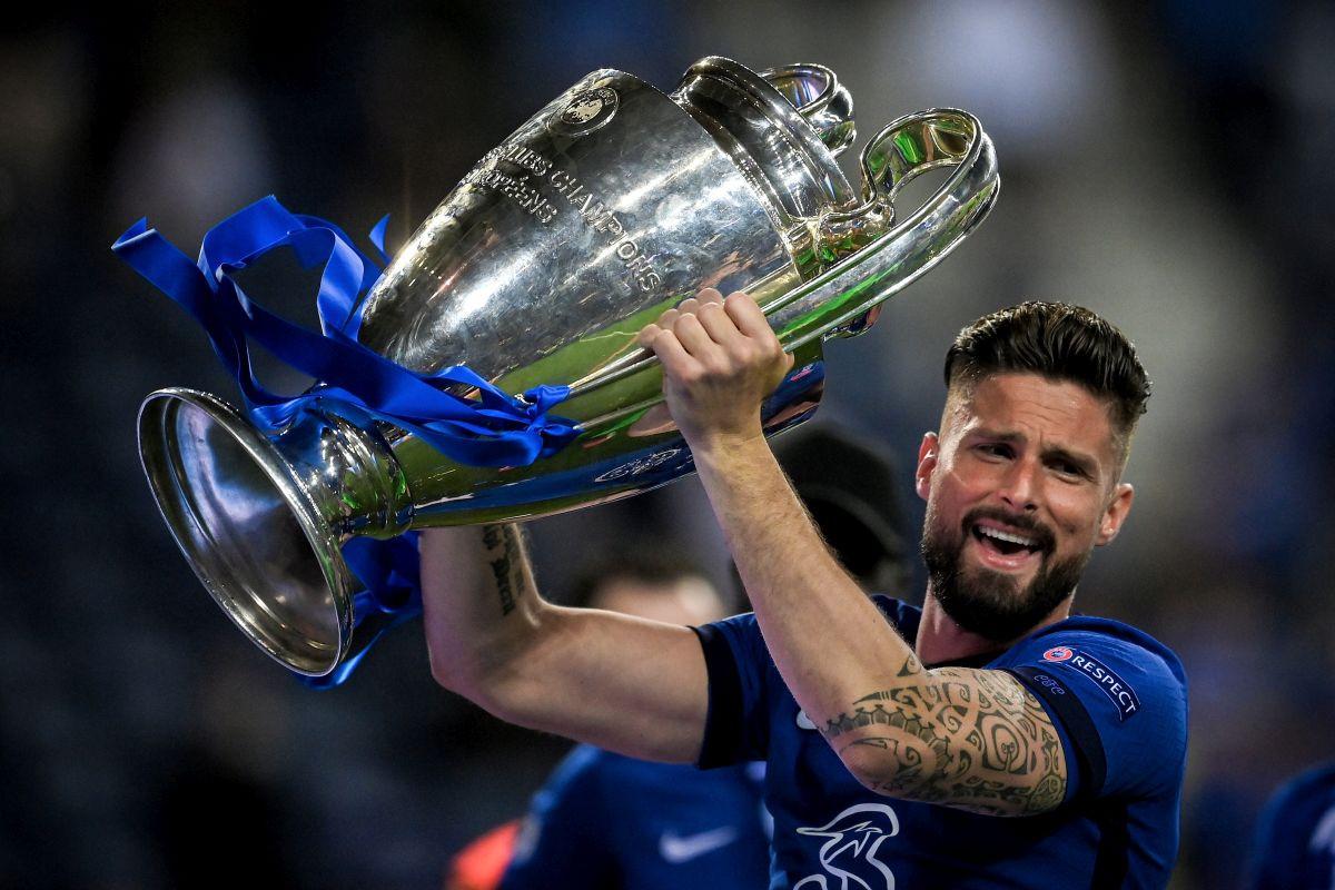 Iznenađenje sa Stamford Bridgea: Olivier Giroud potpisao novi ugovor sa Chelseajem