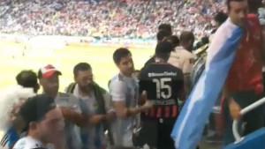 Gdje je obezbjeđenje? Argentinci na tribinama pretukli hrvatske navijače
