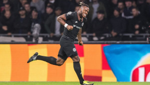 Jedan Belgijanac napušta Chelsea kako bi otvorio vrata drugom Belgijancu