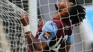Premier liga po prvi put zbog koronavirusa otkazala utakmicu