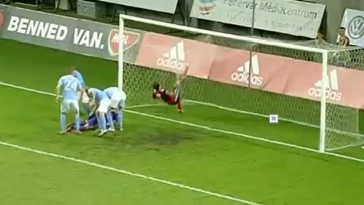 Lazović promašio penal, pa uništio mrežu na golu protivnika