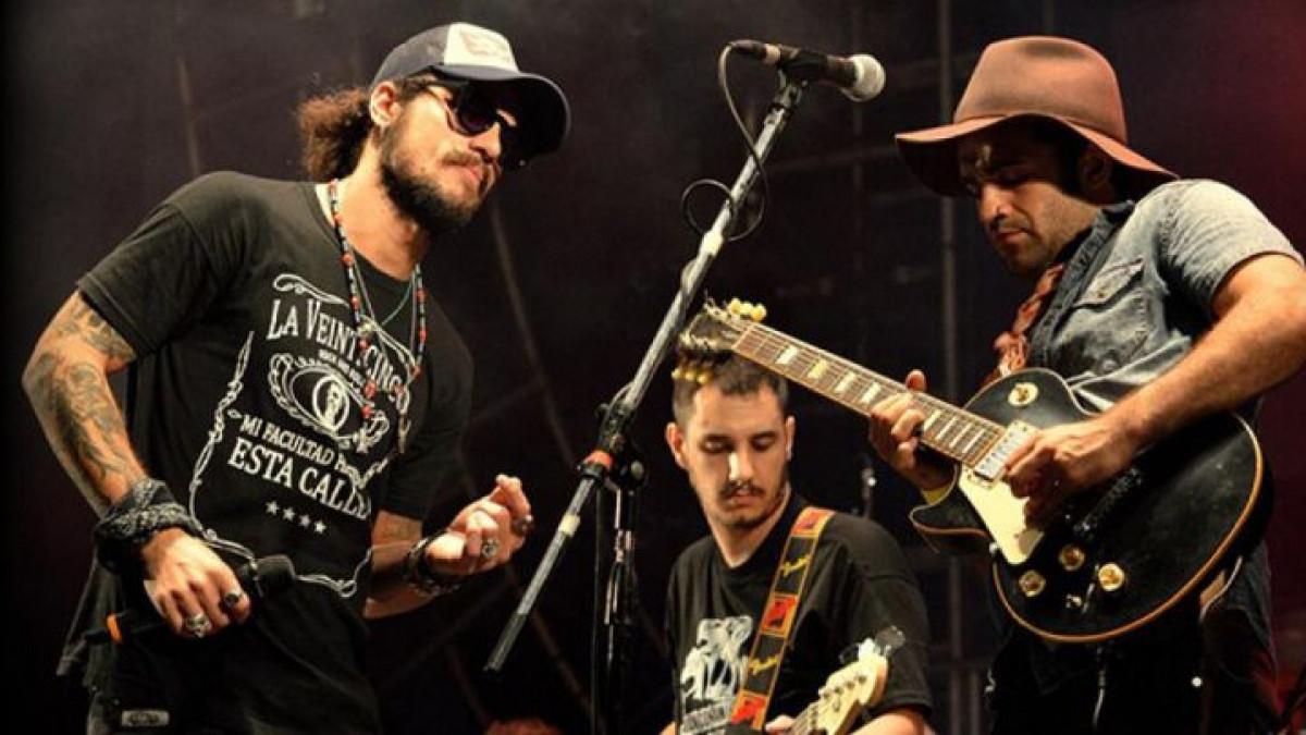 Pjevač spreman zaigrati: Ne mogu odbiti Maradonu...