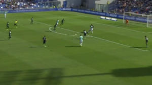 Koliko je Lukaku fizički domintantan pokazuje i ovaj gol