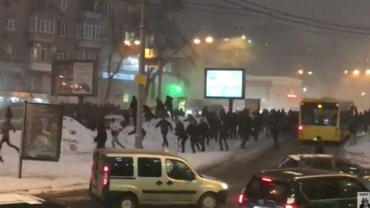 Haos u Kijevu: Tuča navijača Dinama i Bešiktaša