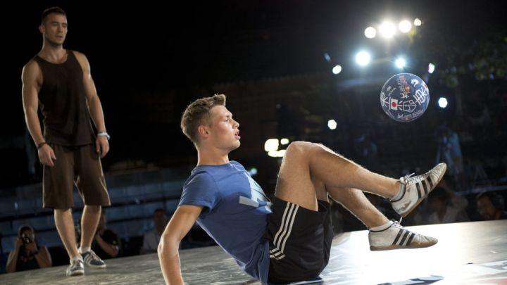 Ko je bolji Ibrahimović ili freestyler Tobias?