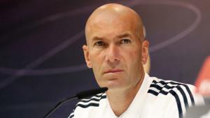 Zidane o finišu prelaznog roka: Možda budu jedna ili dvije bombe...