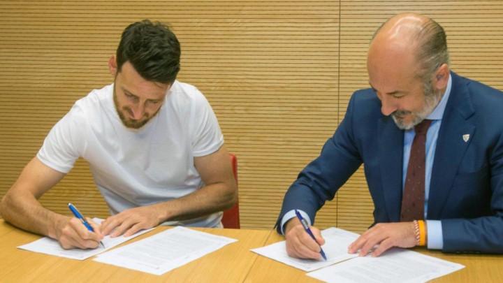 Neuništivi Aduriz potpisao novi ugovor