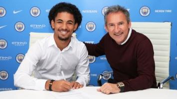 Službeno: Douglas Luiz potpisao za City