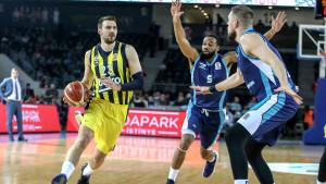 Anadolu Efes i Fenerbahče će igrati u finalu turskog Kupa