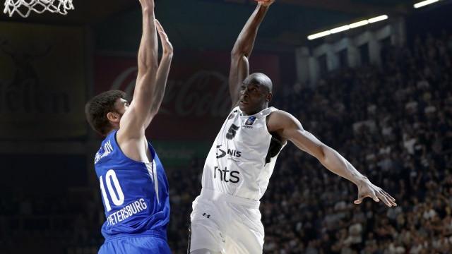 U sjajnom meču Partizan je ipak uspio da slomi otpor Zenita i da ostvari pobjedu