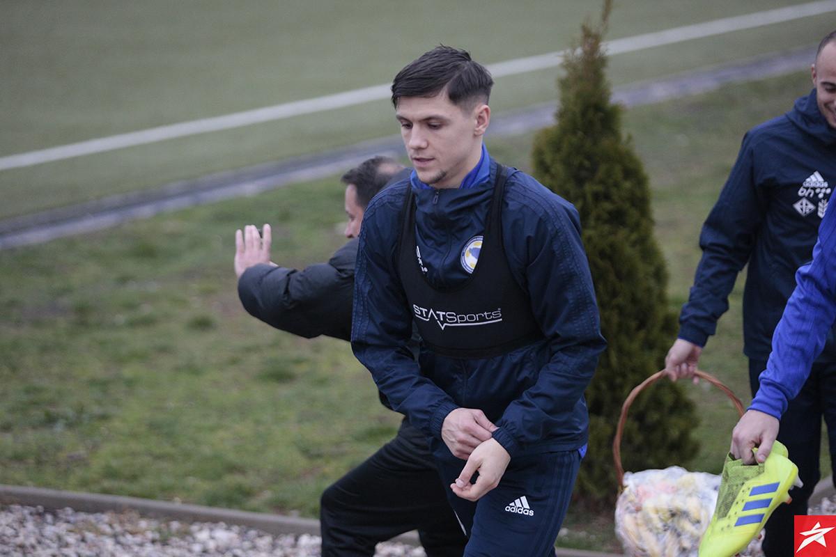 Stigao upit za Muhameda Bešića, Everton želi da ga se riješi pošto-poto