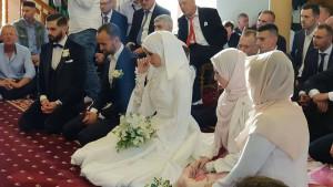 Oženio se Amel Tuka, nakon ženinog zahtjeva zaplakao