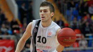 Nemanja Gordić i službeno produžio ugovor s KK Partizan