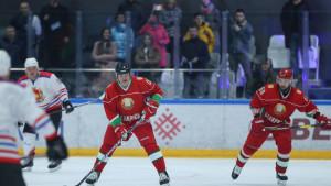 Svijet u panici, a predsjednik Bjelorusije igra hokej: Bolje umrijeti na nogama...