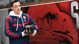 """Ozil razočarao čelnike Arsenala: """"Ja sam taj koji odlučuje da li će ići, a ne drugi ljudi"""""""