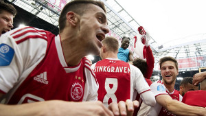 Ajax i PSV se raduju sinoćnjoj pobjedi Chelseaja