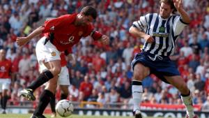 Roy Keane je prije 20 godina postao najplaćeniji igrač u Engleskoj, a plata je priča za sebe