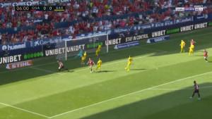 Ter Stegen je bio potpuno nemoćan: Igrač Osasune zakucao loptu u mrežu za vodstvo od 1:0