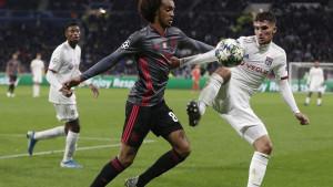 Juventus želi Aouara, ali ponuda koju će poslati Lyonu je zaista čudna