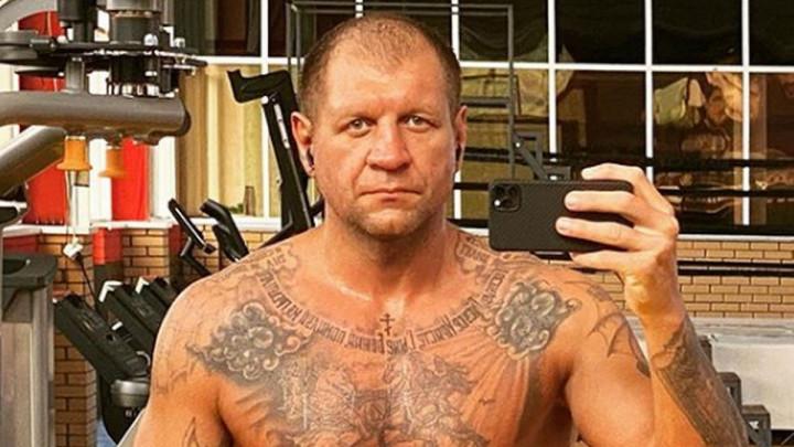 38-godišnja zvijer od 113 kg! Prepoznajete li brata velike legende?
