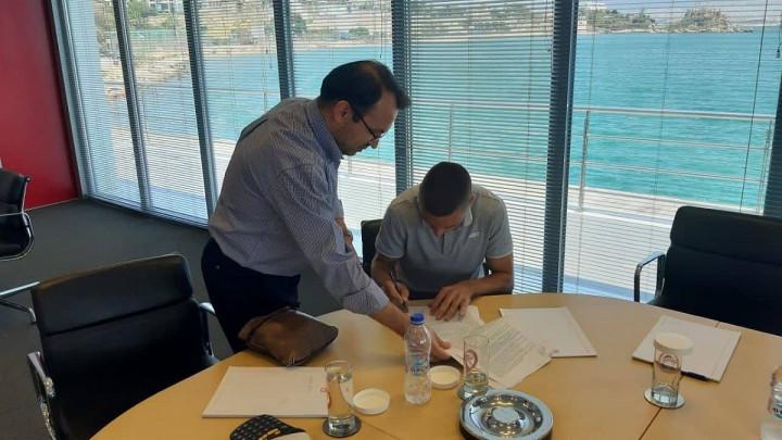 Nikolić potpisao za Olympiakos