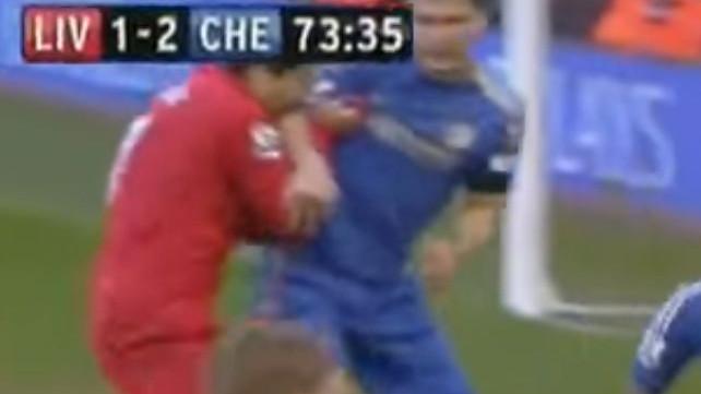Suarez je prije sedam godina šokirao nogometni svijet
