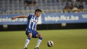 Fudbaler Željezničara oduševio navijače fotografijom sa Grbavice
