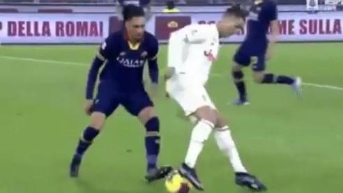 """Maestralni Ronaldo se poigrao sa defanzivcem Rome: """"Upravo mu je okončao karijeru"""""""