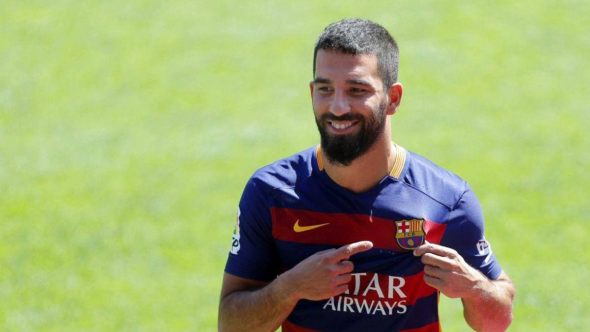 Arda Turan napustio Barcelonu!