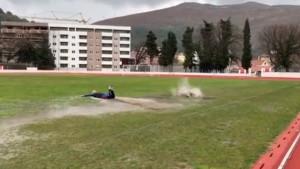 Teren u Trebinju se pretvorio u bazen, a Lukić i Ziljkić iskoristili priliku za plivanje