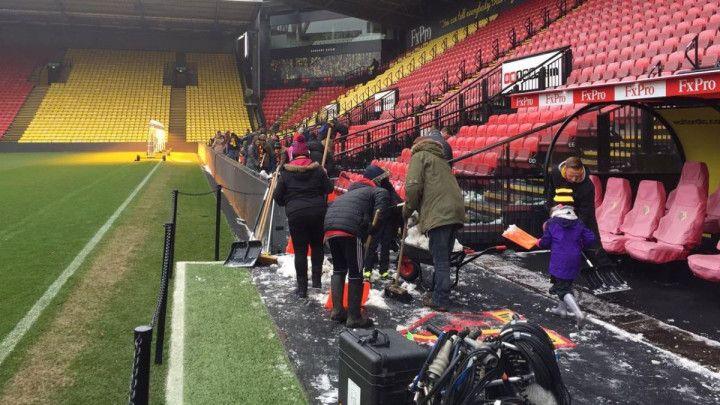 Akcija u Watfordu: Navijači pomogli da se očisti stadion i dobili odlične nagrade