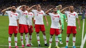 Turci opet salutirali