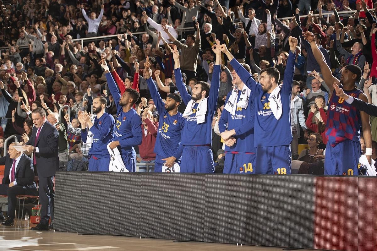 Barcelona sigurna protiv Asvela