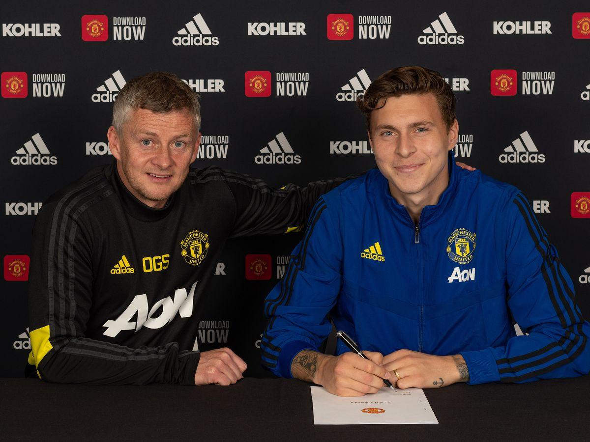 Novi potpis na Old Traffordu: Victor Lindelof produžio ugovor do 2024. godine
