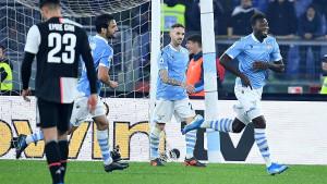 Izraz lica navijačice Juventusa nakon trećeg gola Lazija je potpuni hit