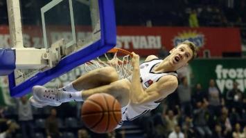 Adin Vrabac produžio saradnju sa Partizanom