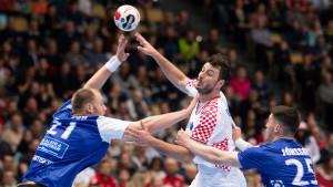 U ludoj utakmici Hrvatska uspjela slomiti otpor nezgodnog Islanda