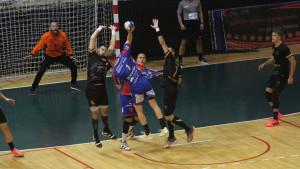 Korona ovog puta jača: Odgođena dva meča 5. kola Premijer lige za rukometaše