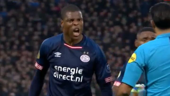 E, ovo je prednost domaćeg terena: Navijači spriječili gol PSV-a