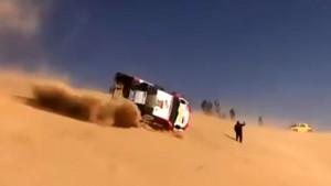 Fernando Alonso doživio nesreću na Dakar reliju, vozilo se prevrnulo nekoliko puta