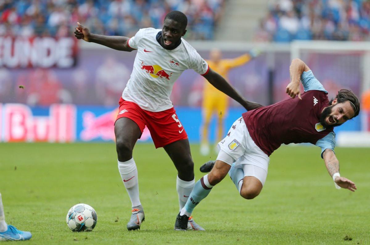 Leipzig je spreman pustiti Upamecana u Arsenal, ali uz jedan uslov