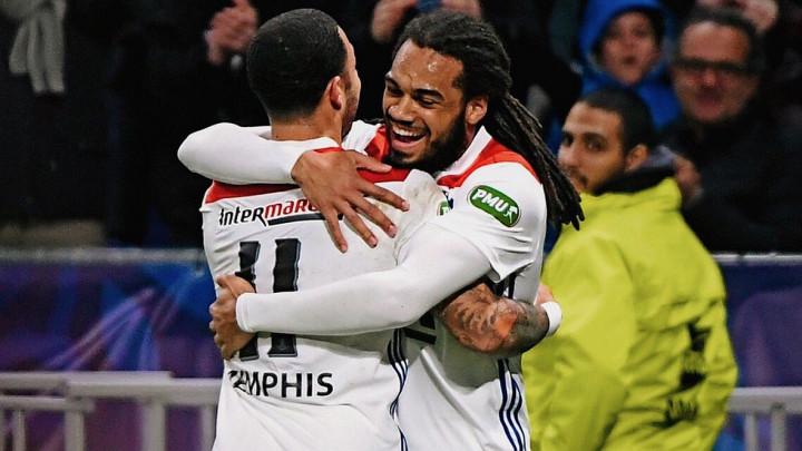 Lyon zgadio fudbal igračima Toulousea