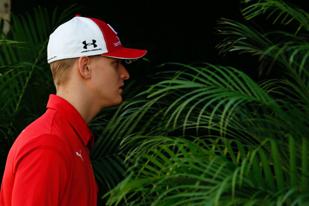 Sin legendarnog Michaela Schumachera debituje u Formuli 1?